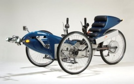 Curve loving tripendo now also a pedelec for Recumbent bike with electric motor